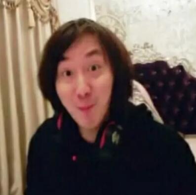 张大仙表情包:你吵到我学习了图片